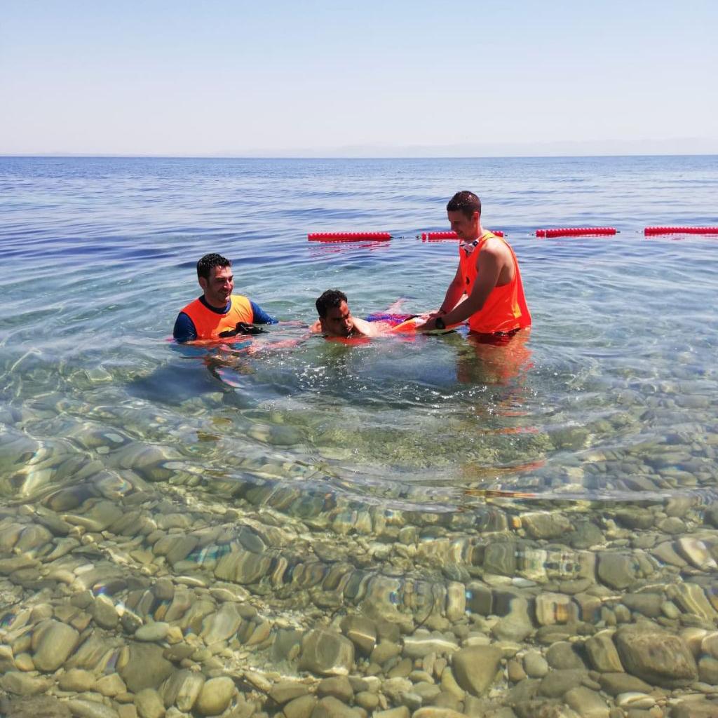 Proyecto Agua Lesbos sin barreras